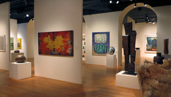 Hawaii State Art Museum Has a Beautiful, Open and Inviting Gallery Design