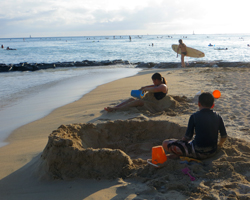 South Shore Oahu Sand Play