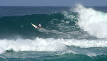 Pancho Sullivan Surfing in Hawaii at the Vans World Cup of Surfing, Sunset Beach, Oahu