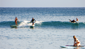 Surfing in Hawaii: Clean, Easy Waves at Waikiki Beach