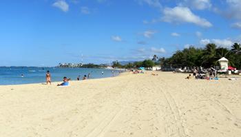 Ala Moana Beach Park, Honolulu, HI