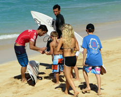 Nathaniel Curran Signs Autographs after a Heat at the 2013 World Cup of Surfing, Vans Triple Crown of Surfing