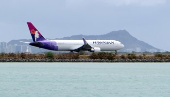 Cheapest Flights to Hawaii: Hawaiian Airlines Jet in Front of Diamond Head Crater