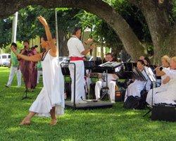 Free Honolulu Entertainment by the Royal Hawaiian Band at Iolani Palace