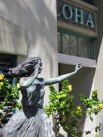 Hula Statue: A Reminder of Boat Days at Aloha Tower