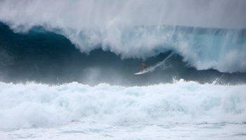 Giant Surf at Waimea Bay, North Shore Oahu