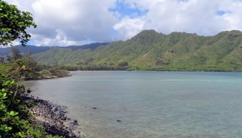 Windward Oahu Scenic Drive: Kahana Bay